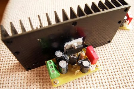 Плата усилителя на LM3886 с радиатором