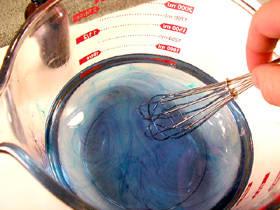 Перемешивание мыльной смеси