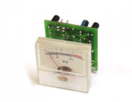 Индикатор уровня сигнала с измерительной головкой