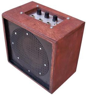 1W Amplifier with 3 Input Mixer Внешний вид
